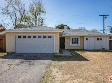 45437 Rodin Avenue, Lancaster, CA, 93535,