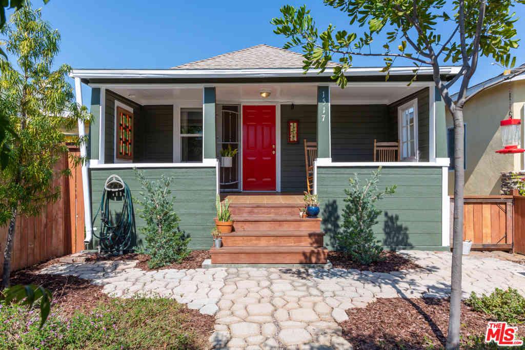1517 E 4Th Street, Long Beach, CA, 90802,
