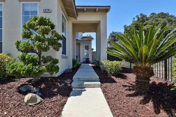 1276 Whitewing Place