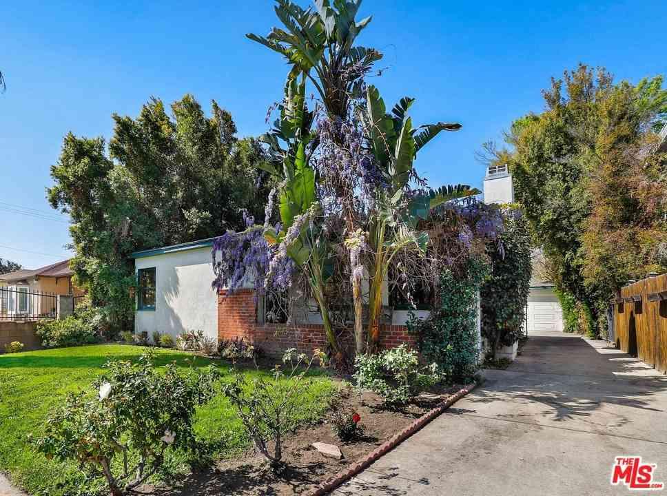 5515 Denny Avenue, North Hollywood, CA, 91601,