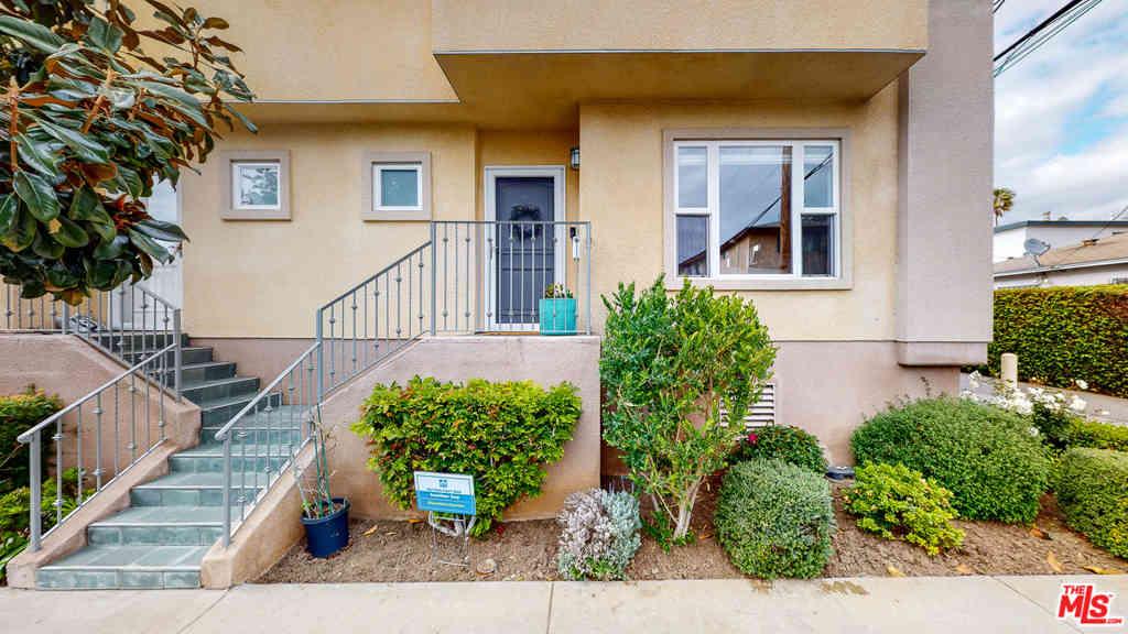 11871 Iowa Avenue #105, Los Angeles, CA, 90025,