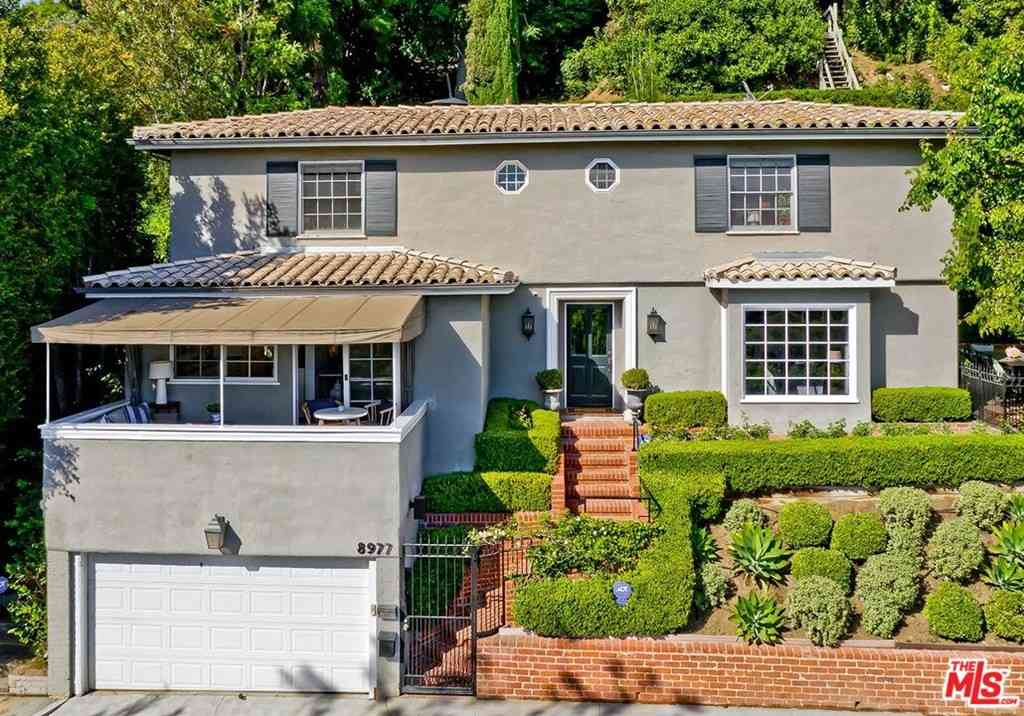 8977 St Ives Drive, Los Angeles, CA, 90069,