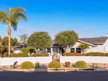 1555 Clove St, San Diego, CA, 92106,
