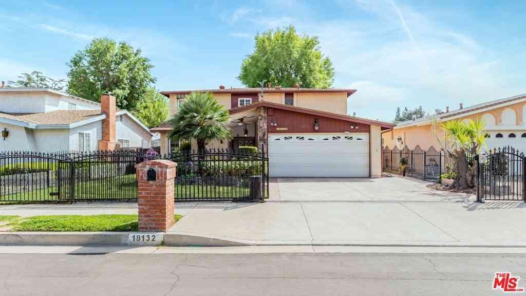 18132 Califa Street, Tarzana, CA, 91356,