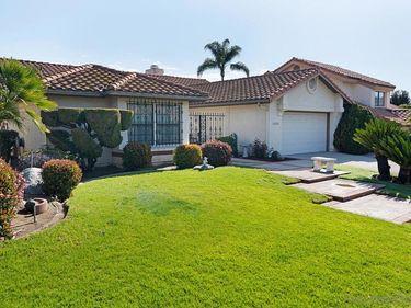 2036 Sonora Court, Vista, CA, 92081,