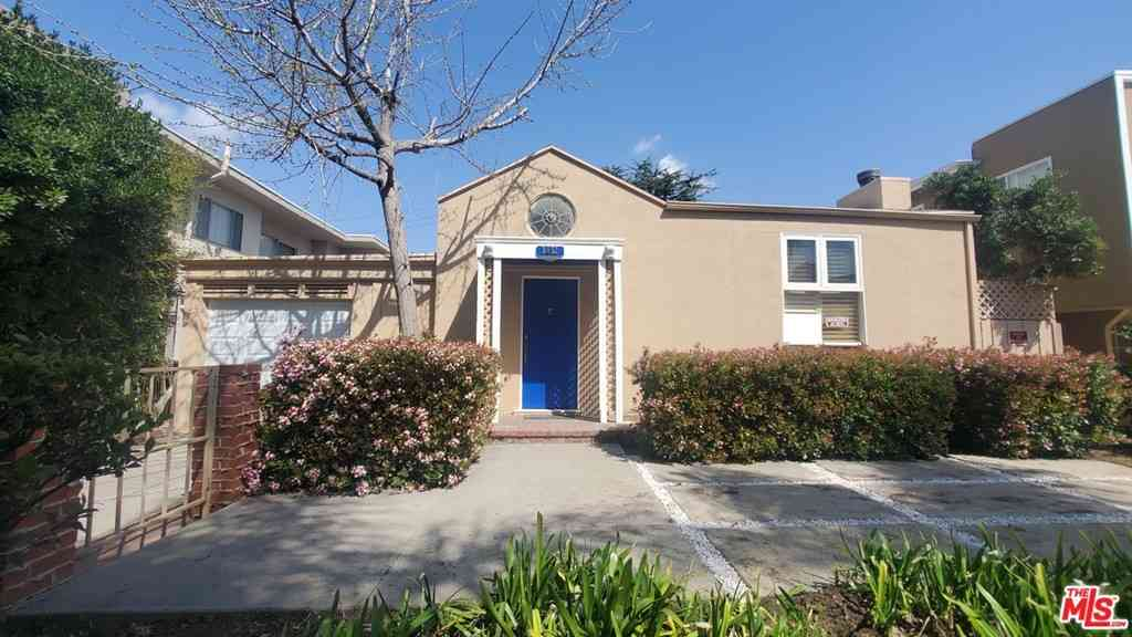 3652 Empire Drive, Los Angeles, CA, 90034,