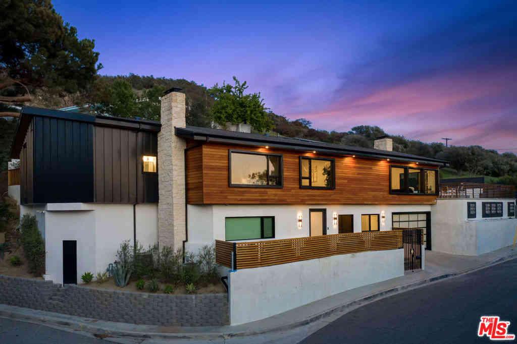 7995 Briar Summit Drive, Los Angeles, CA, 90046,