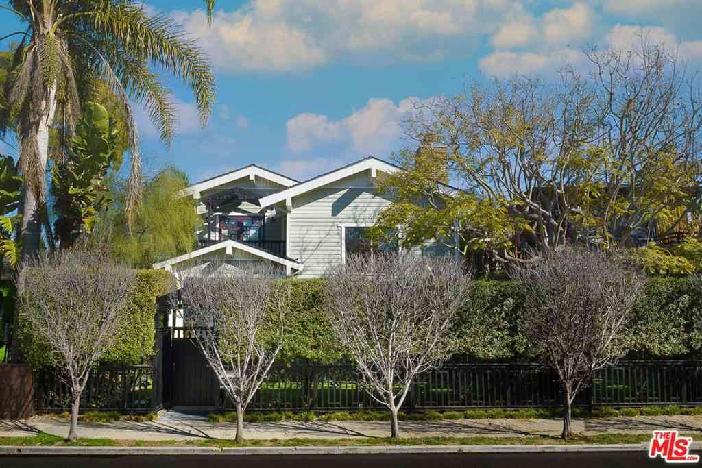2412 Mckinley Avenue, Venice, CA, 90291,