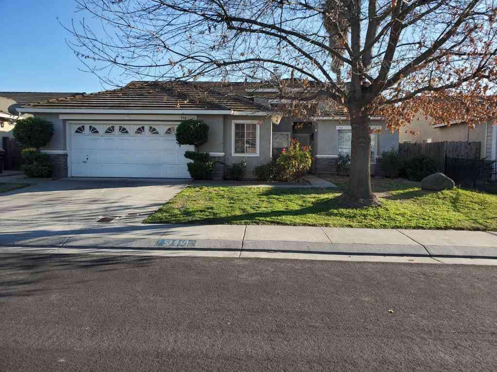 914 Woodstream Street, Stockton, CA, 95206,