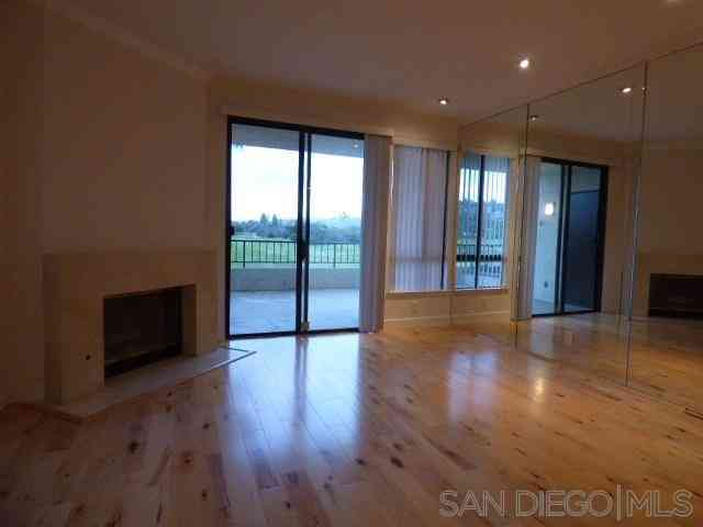 5895 Friars Rd #5105, San Diego, CA, 92110,