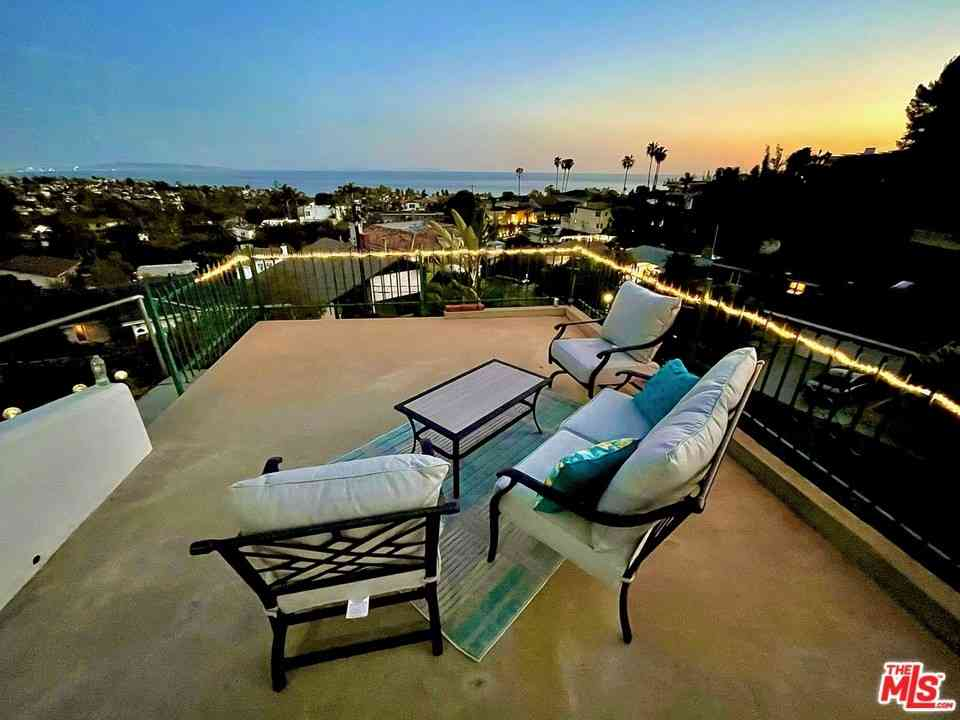 950 Chattanooga Avenue, Pacific Palisades, CA, 90272,