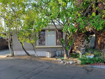 123 Indian Paw Street, Palm Springs, CA, 92264,