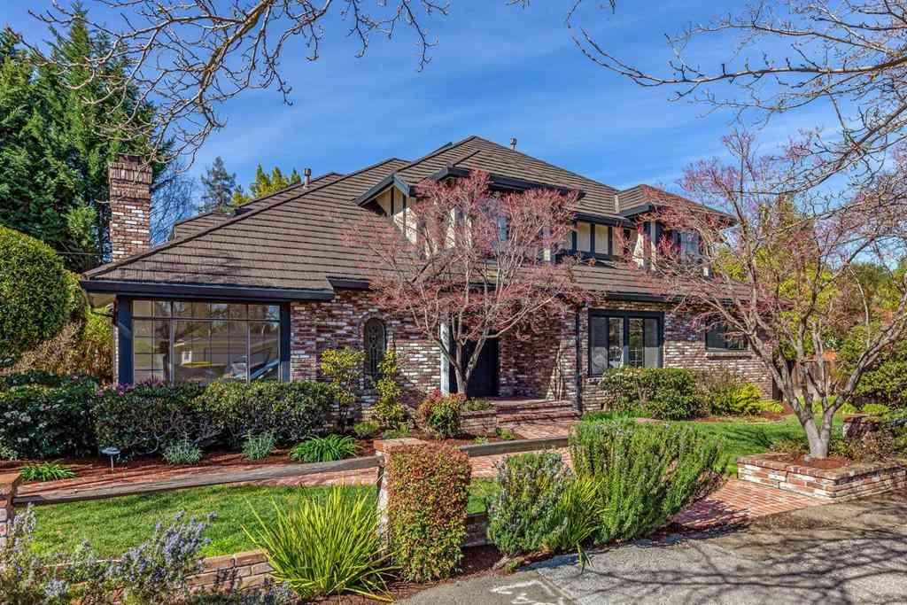 345 Portola Avenue, Los Altos, CA, 94022,