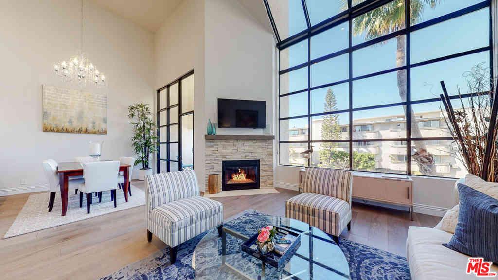 11636 Montana Avenue #301, Los Angeles, CA, 90049,