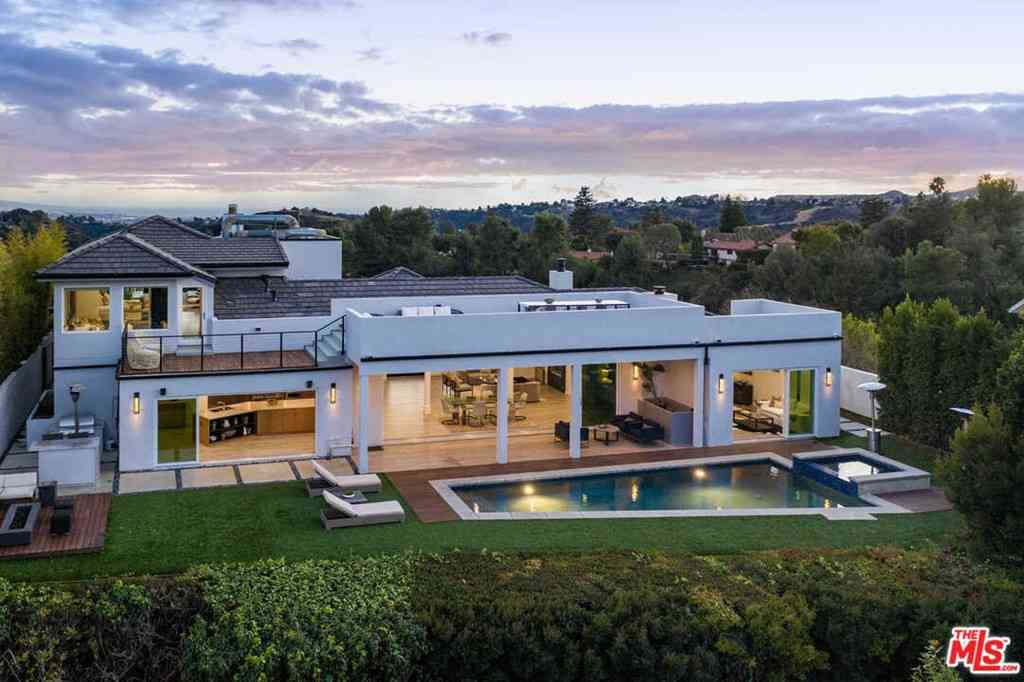 14380 Mulholland Drive, Los Angeles, CA, 90077,