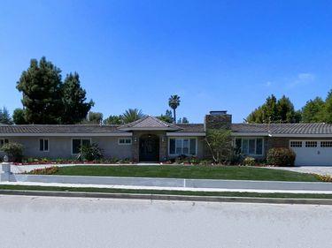 5123 Wilbur Avenue, Tarzana, CA, 91356,