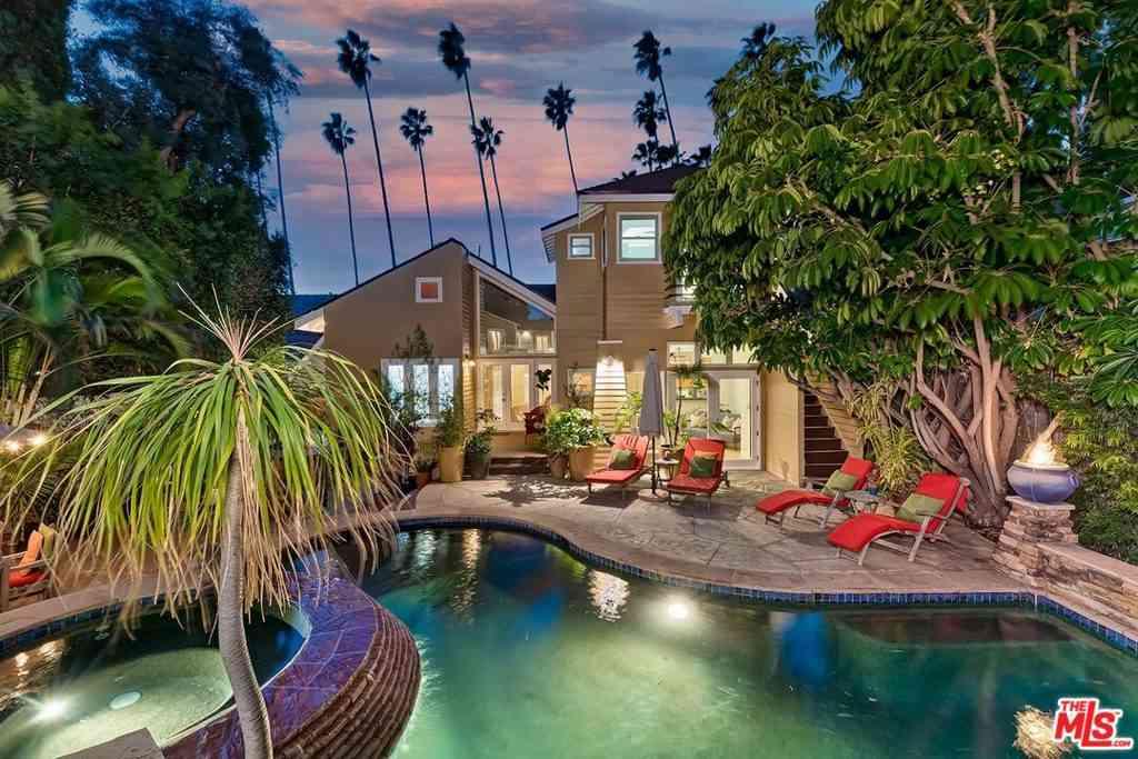 1632 N Sierra Bonita Avenue, Los Angeles, CA, 90046,