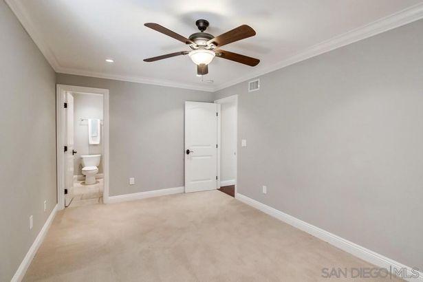6450 Ridge Manor Ave