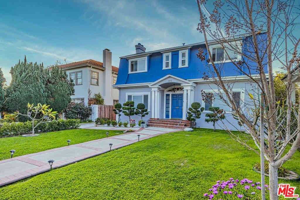 895 S Bronson Avenue, Los Angeles, CA, 90005,