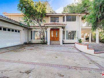5252 Darro Road, Woodland Hills, CA, 91364,