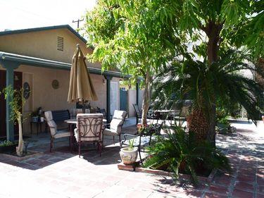555 E Calle Roca, Palm Springs, CA, 92264,