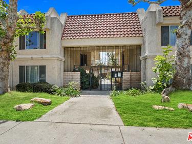 21000 Parthenia Street #19, Canoga Park, CA, 91304,