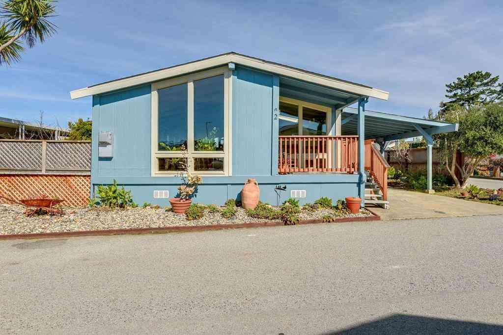 2 Oceanview Avenue #2, Half Moon Bay, CA, 94019,