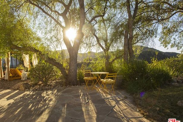 2693 Old Topanga Canyon Road