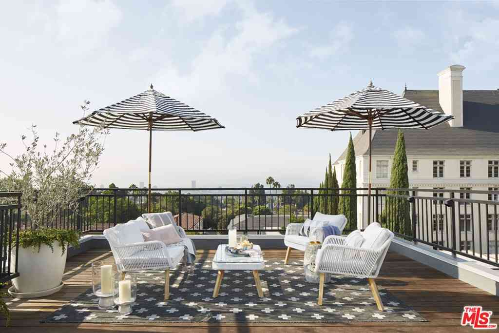1412 N Crescent Heights Boulevard #206, West Hollywood, CA, 90046,