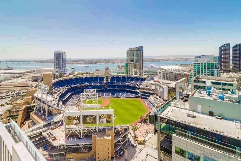 321 10Th Ave #512, San Diego, CA, 92101,