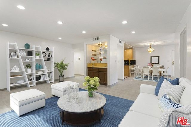 15330 Albright Street #101 Pacific Palisades, CA, 90272
