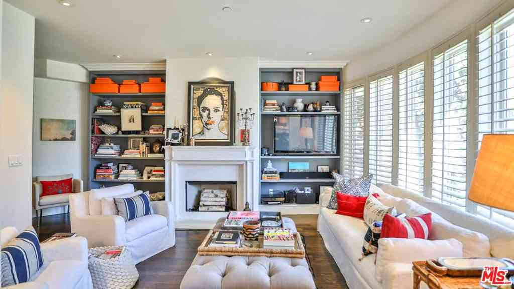 137 S Spalding Drive #106, Beverly Hills, CA, 90212,