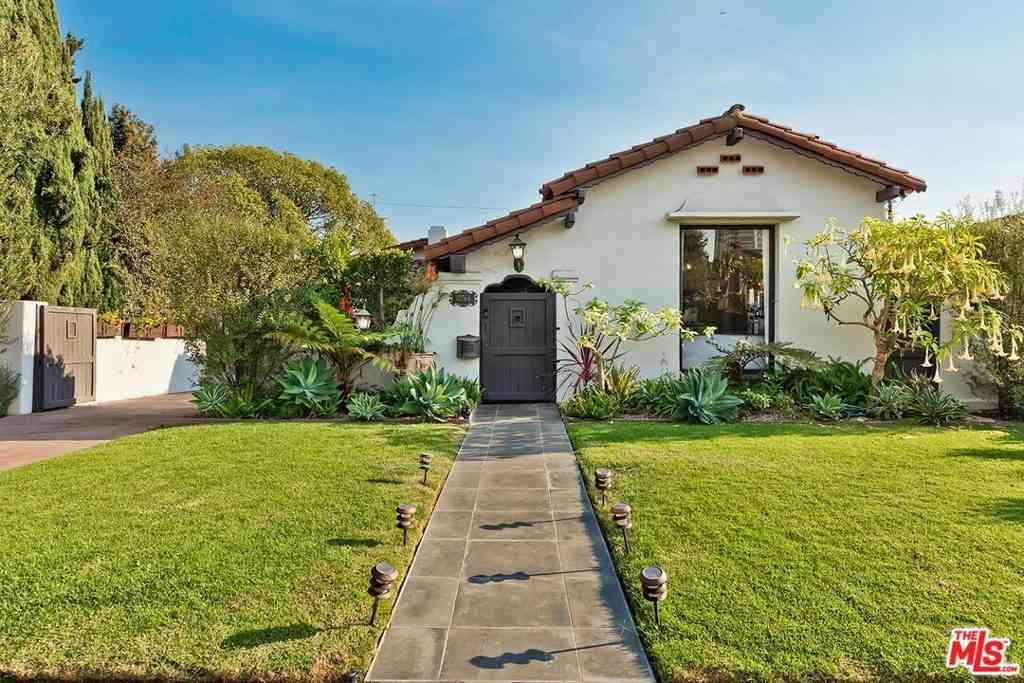 10764 Rochester Avenue, Los Angeles, CA, 90024,