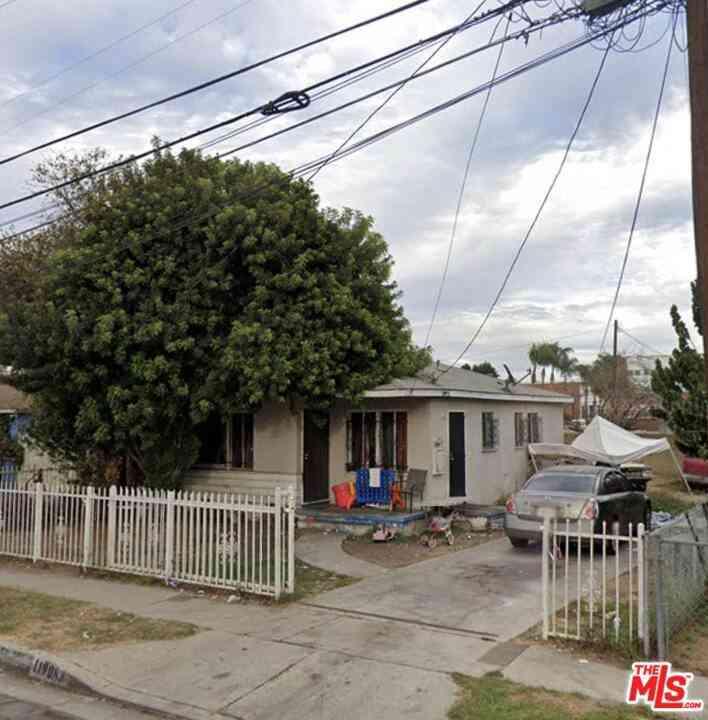 11908 Antwerp Avenue, Los Angeles, CA, 90059,