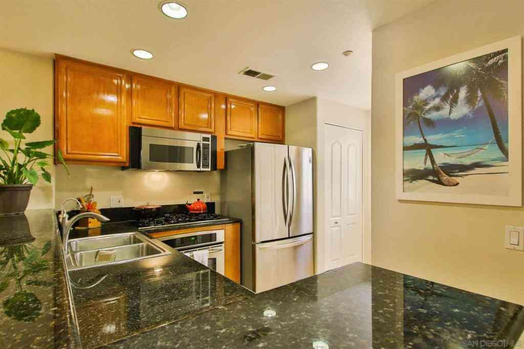 1501 India Street #207, San Diego, CA, 92101,