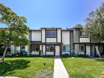 19050 Archwood Street #6, Reseda, CA, 91335,