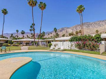 2250 S Calle Palo Fierro #5, Palm Springs, CA, 92264,