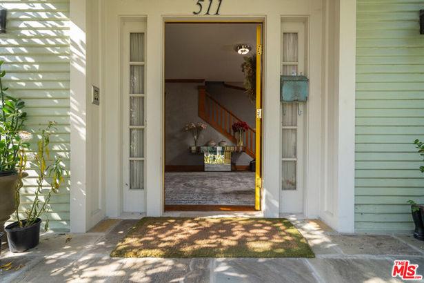 511 S VAN NESS Avenue