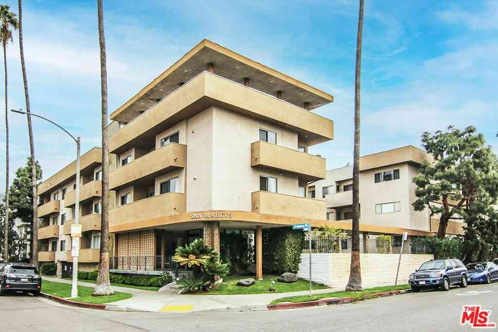 358 S Gramercy Place #211, Los Angeles, CA, 90020,