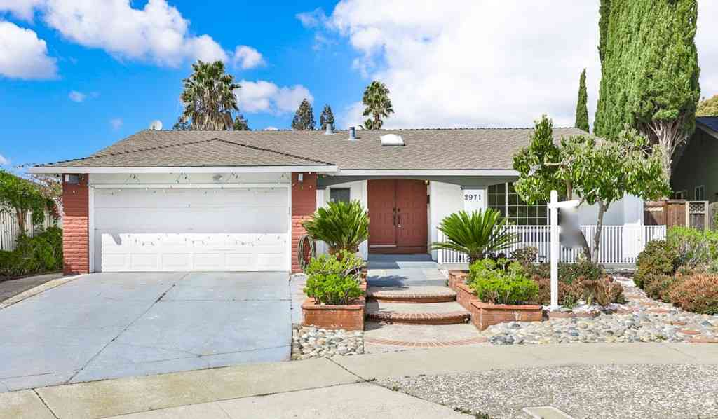 2971 Tantallon Court, San Jose, CA, 95132,