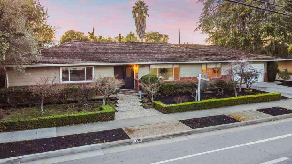 10351 Blaney Avenue, Cupertino, CA, 95014,