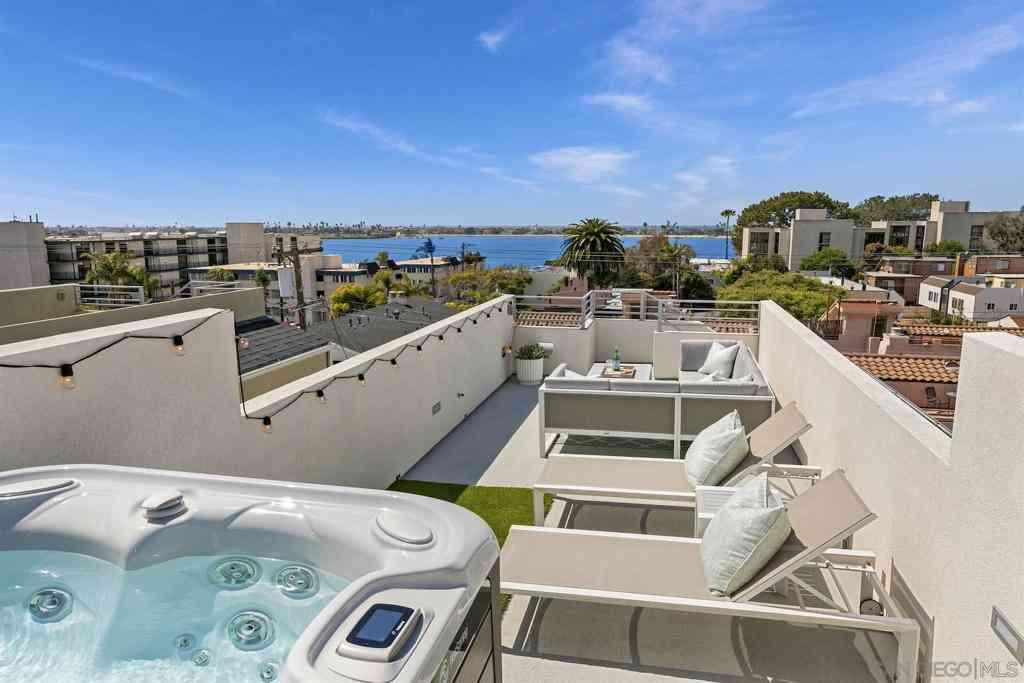 3954 Haines St, San Diego, CA, 92109,