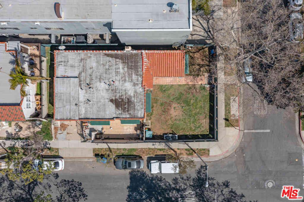 901 N Curson Avenue, West Hollywood, CA, 90046,