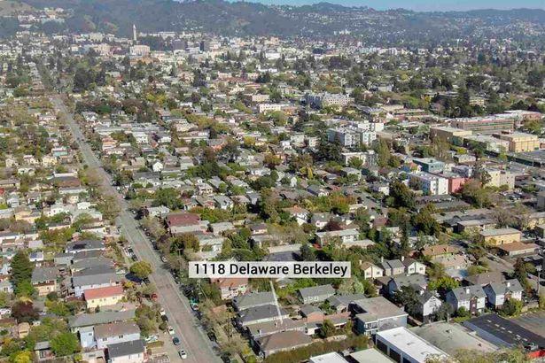 1118 Delaware St