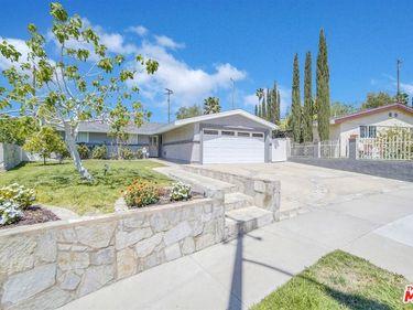 18629 Fairweather Street, Santa Clarita, CA, 91351,