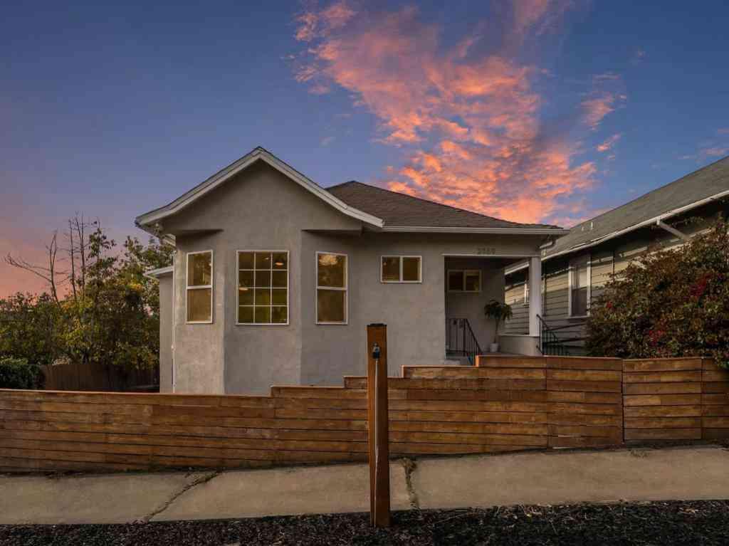 2169 Santa Rita Street, Oakland, CA, 94601,
