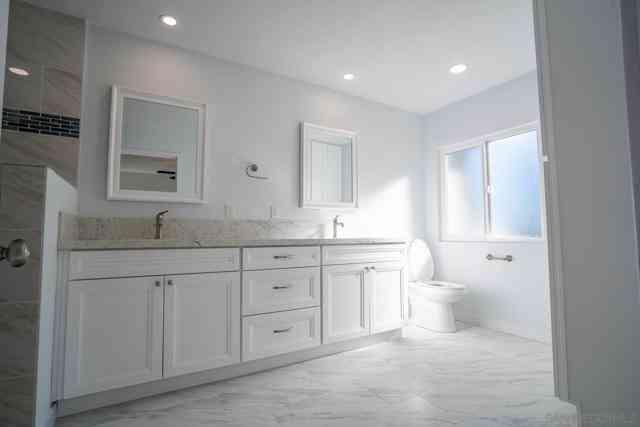 2292 Morgan Rd, Carlsbad, CA, 92008,