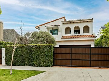 341 N CRESCENT HEIGHTS Boulevard, Los Angeles, CA, 90048,