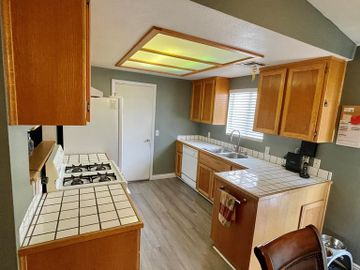 67295 Ontina Road, Cathedral City, CA, 92234,