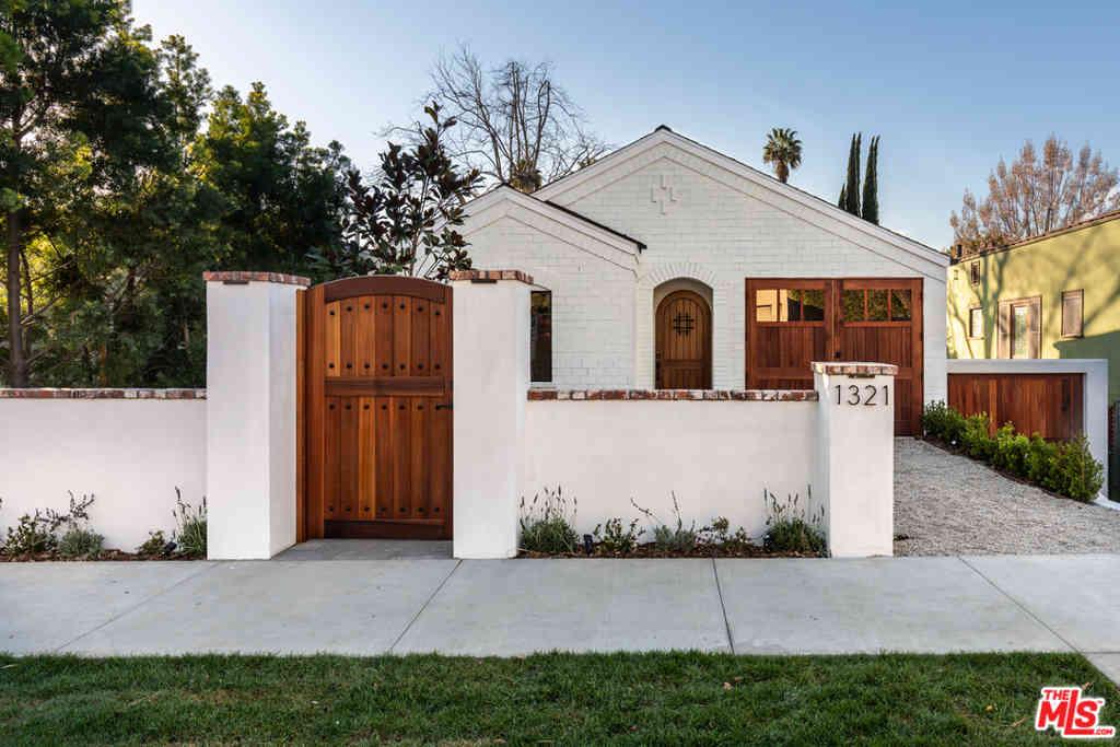 1321 N Benton Way, Los Angeles, CA, 90026,